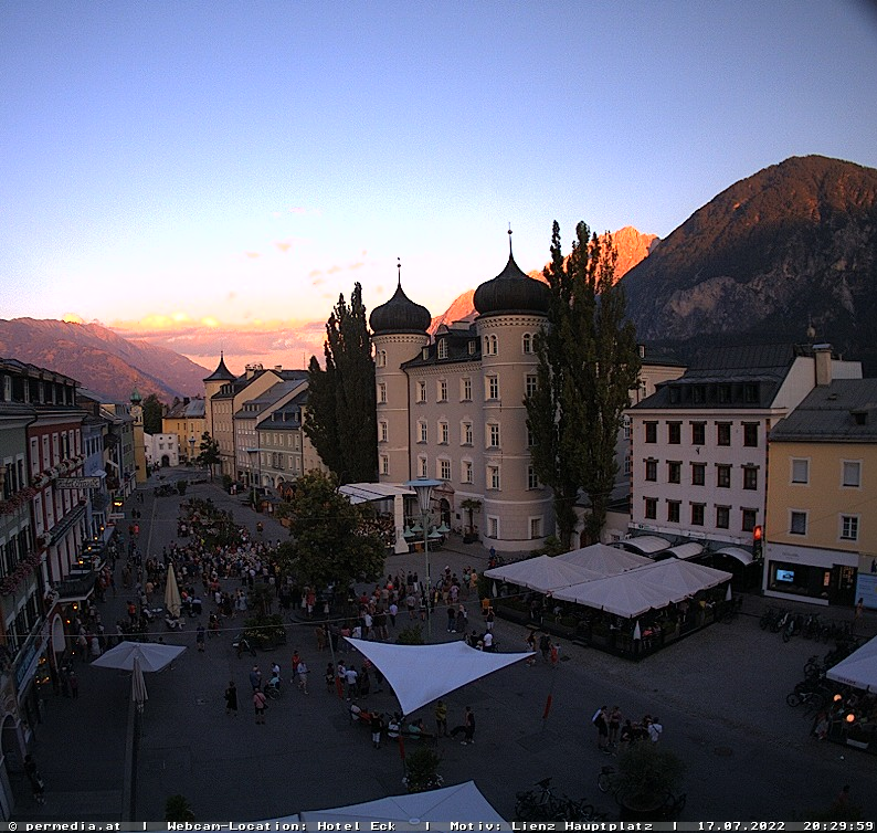 WEBkamera Lienz - pohled na centrum a Liebburg